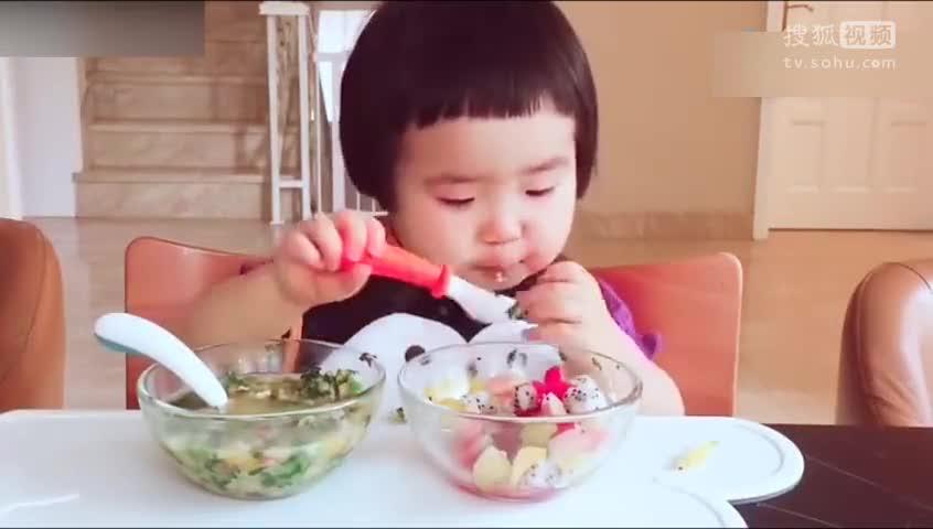 1岁小吃货直播吃饭 专治各种食欲不振